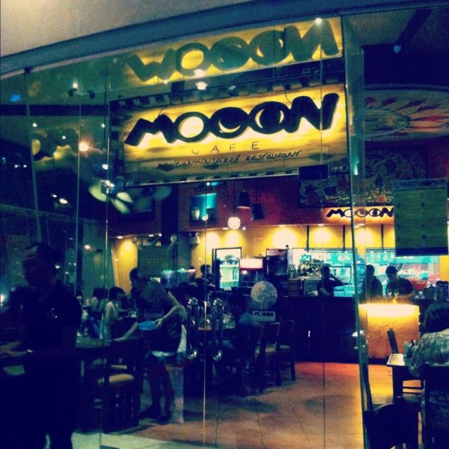 Moon Cafe, Cebu