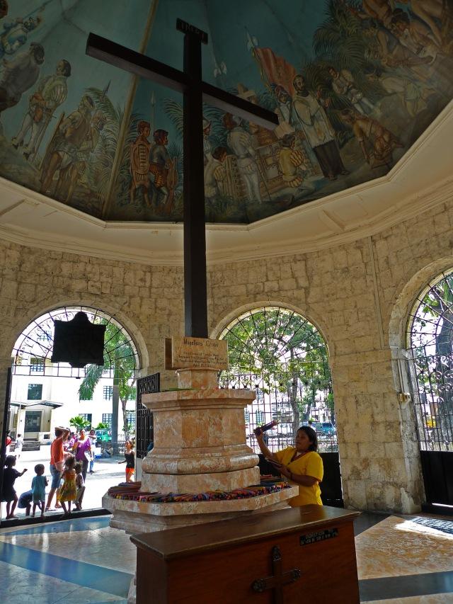 the iconic magellan's cross