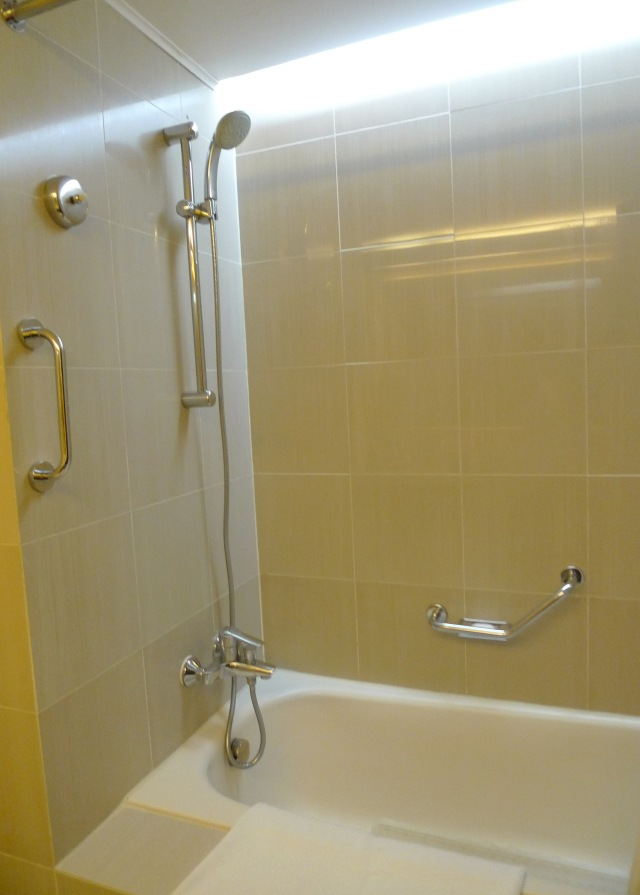 marco polo cebu bath tub